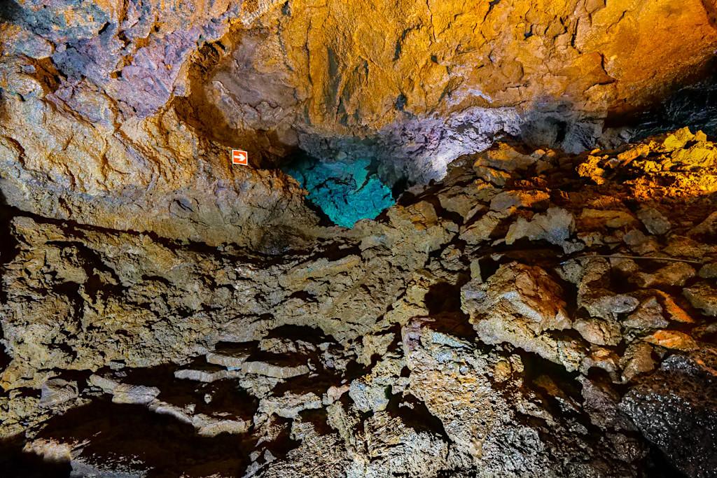 Gruta do Natal oder Weihnachtshöhle: der schönste Abschnitt in der Lavagrotte - Vulkangeschichte Terceira - Azoren