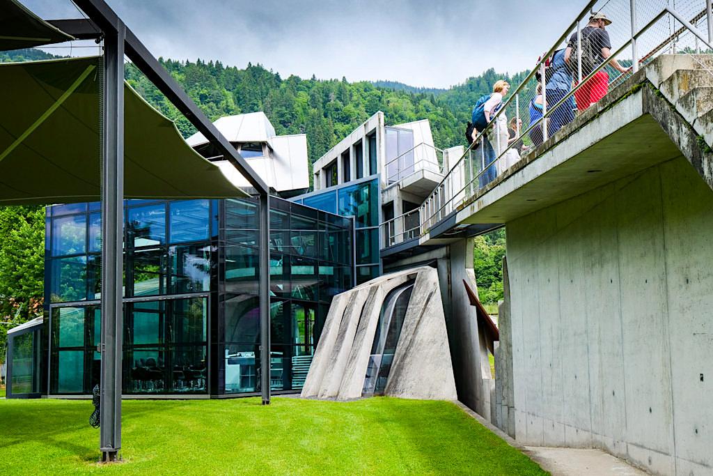 Günther Domenig Steinhaus in Steindorf: Faszinierend & einen Besuch wert - Ossiacher See - Kärnten, Österreich