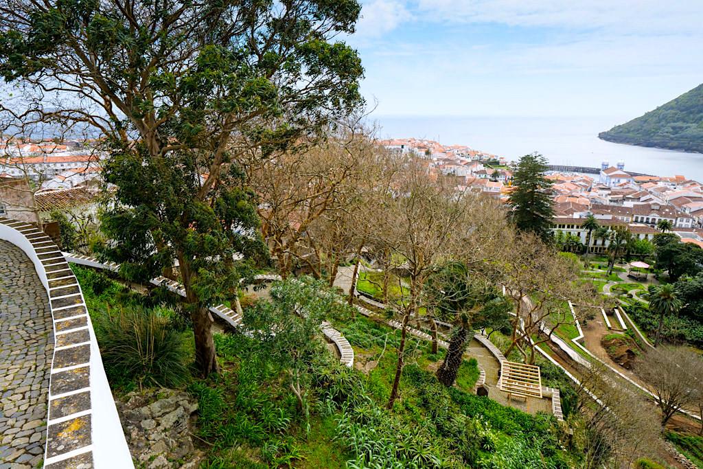 Wunderschöne grüne Oase mit Ausblick: Jardim Publico oder Jardim Duque da Terceira - Angra do Heroismo - Azoren
