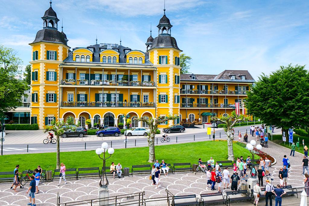 Imposant: das Schlosshotel Velden, die Grande Dame am schönen Wörthersee - Kärnten in Österreich