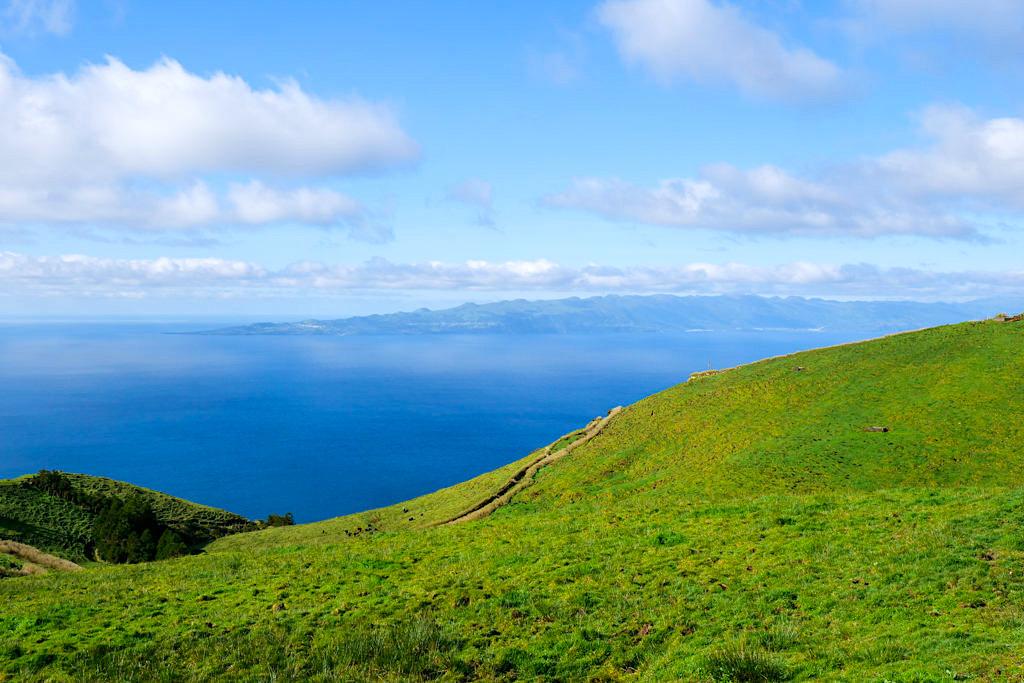 Serra do Topo - Ausblick Start Wanderung über Fajsa da Caldeira de Santo Cristo zur Faja dos Cubres - Sao Jorge, Azoren