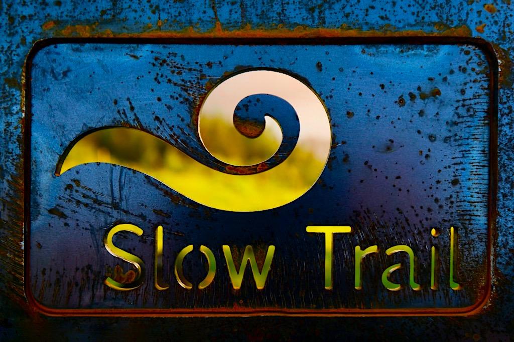 Slow Trails Markenlogo - Genusswandern in Kärnten - Österreich