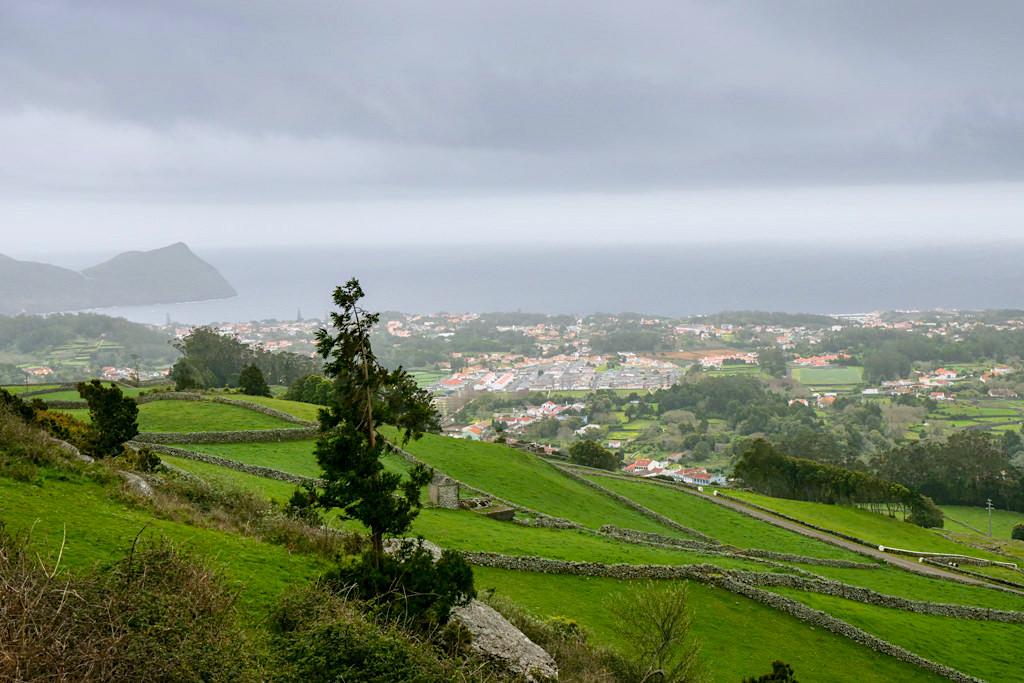 Terra Cha Aussichtspunkt: grandioser Ausblick auf Angra & Küste - Terceira - Azoren
