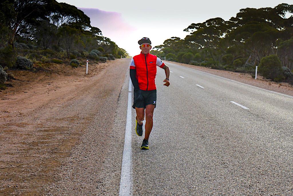 Jason P. Lester - Ausnahme-Sportler und Ultralangstreckenläufer RunAus auf dem Nullarbor - South Australia