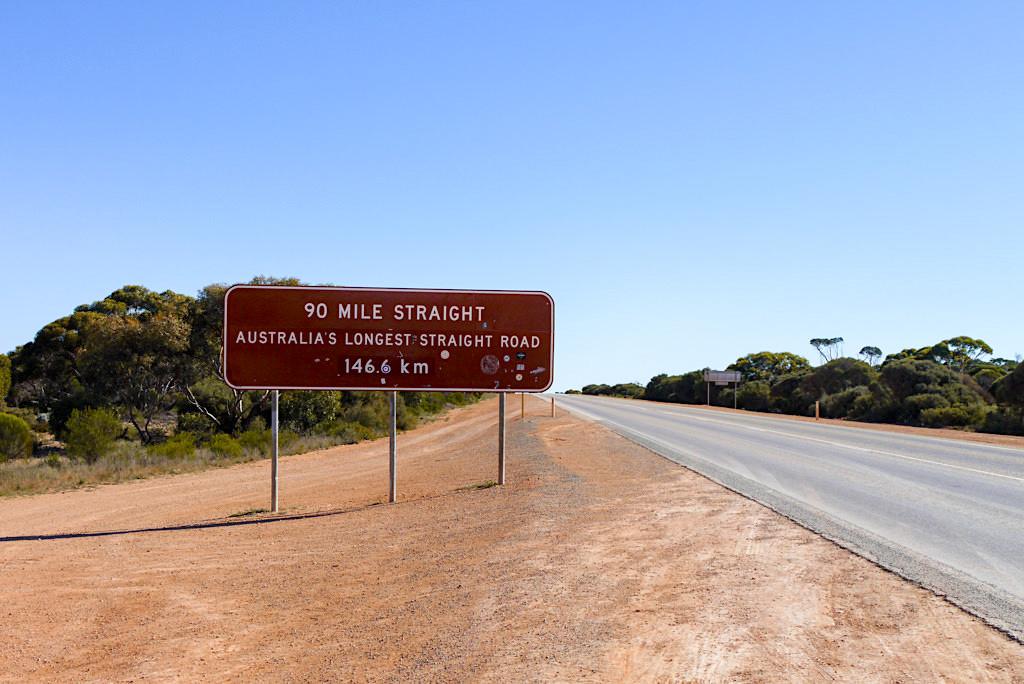 Nullarbor - 90 Mile Straight: die längste gerade Straße in Australien - Western Australia
