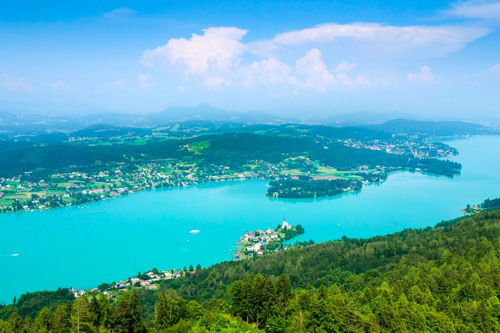 Atemberaubende Pyramidenkogel Ausblicke auf den Wörthersee - Kärnten, Österreich