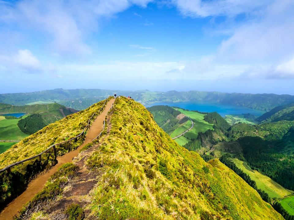 Sete Cidades - Schönste Ausblicke auf Sieben Städte und die Caldeira des Portugiesischen Naturwunders - Sao Miguel - Azoren