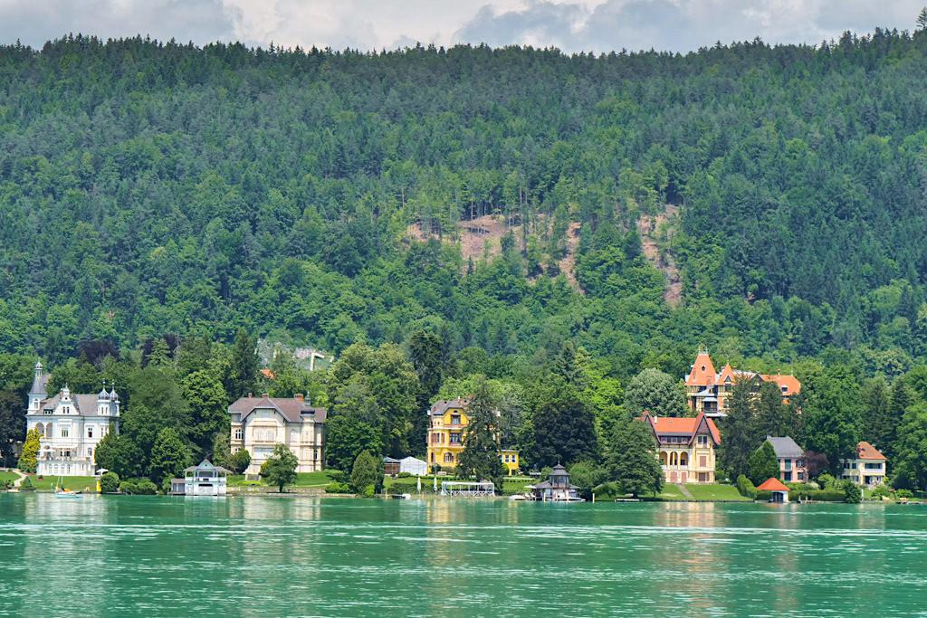 Villa Wörth, Villa Seehort, Villa Miralago, Villa Seefried - Best erhaltenes Villen-Ensemble am Wörthersee - Kärnten, Österreich