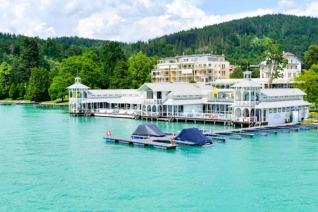Werzer-Bad - Historische Badeanstalt im Wörthersee und letzte ihrer Art in ganz Österreich - Kärnten