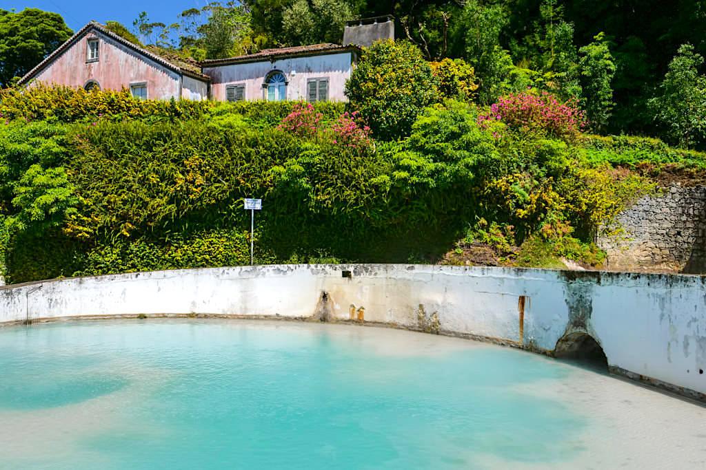 Caldeiras ein Thermalbad bei Ribeira Grande - Sao Miguel, Azoren