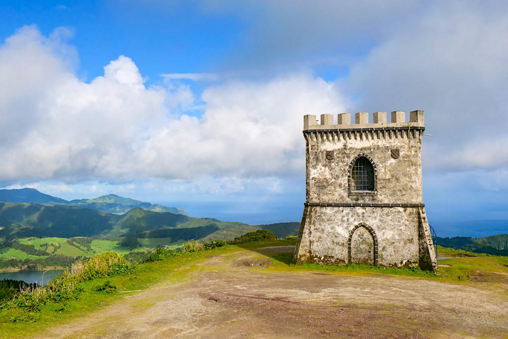 Castelo Branco - Pittoresker, schön gelegener Burgturm ehemals eingesetzt zur Verteidigung von Land & Landesherrn- Sao Miguel, Azoren