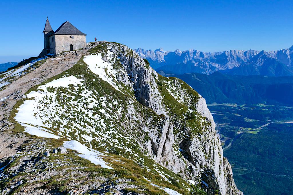 Dobratsch Gipfel - Deutsche Kirche Maria am Stein - HüttenKult - Kärnten, Österreich