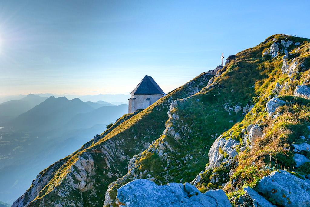 Dobratsch Gipfel - Gipfelkreuz, Windische Kapelle & grandiose Ausblicke - Villacher Hausberg - Kärnten, Österreich