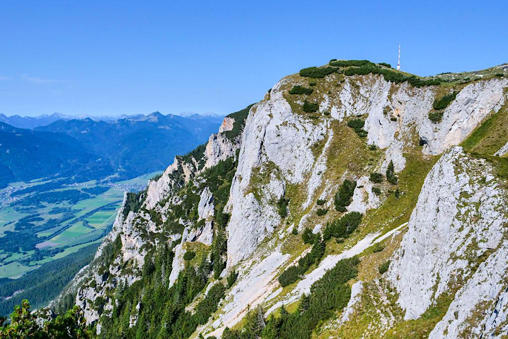 Dobratsch Gipfel Alm-Wanderung über Zwölfernock & Zehnernock - Kärnten, Österreich