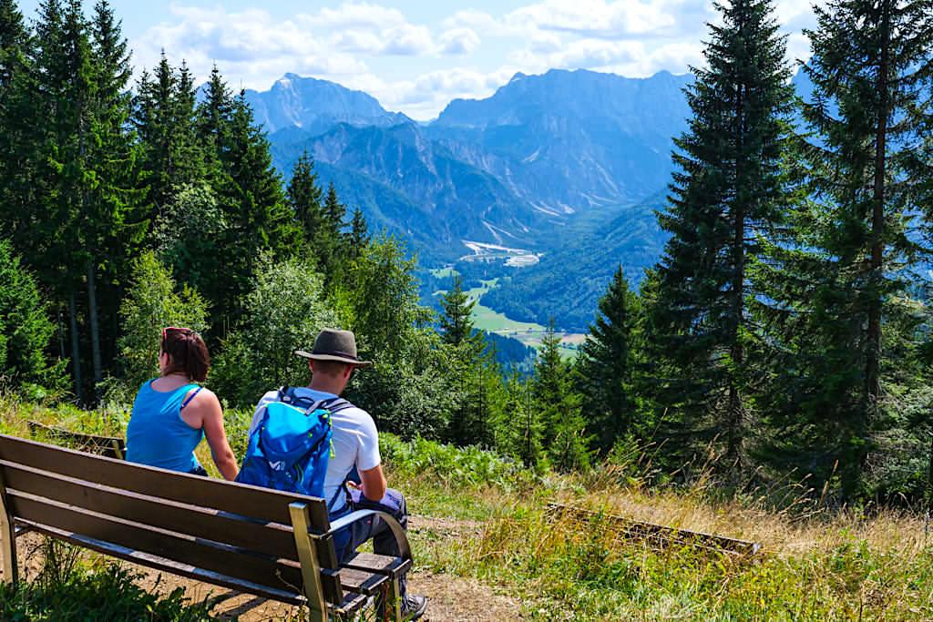 Dreiländereck Gipfel - Slowenische Seite mit Blick auf die imposanten Julischen Alpen - Kärnten, Österreich