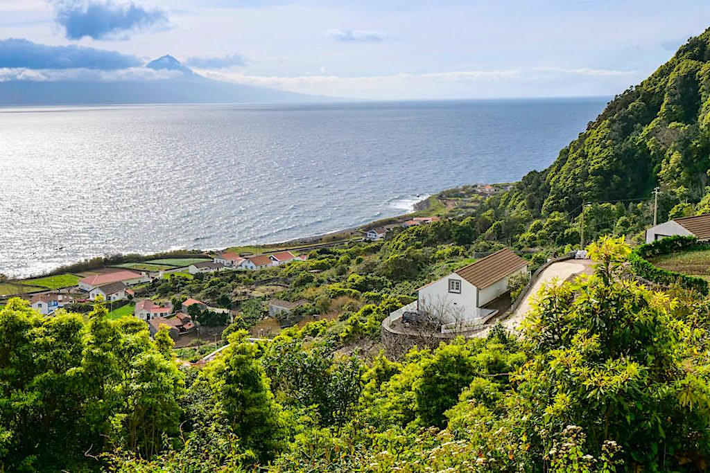 Auf dem Weg nach Faja dos Vimes - die schönsten Fajas von Sao Jorge - Azoren