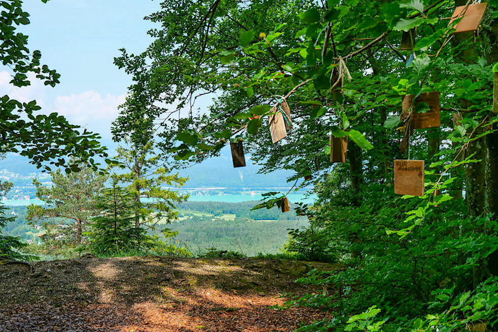 Kathreinkogel: Kraftorte am Wörthersee - Aussicht vom Gipfelplateau - Kärnten, Österreich