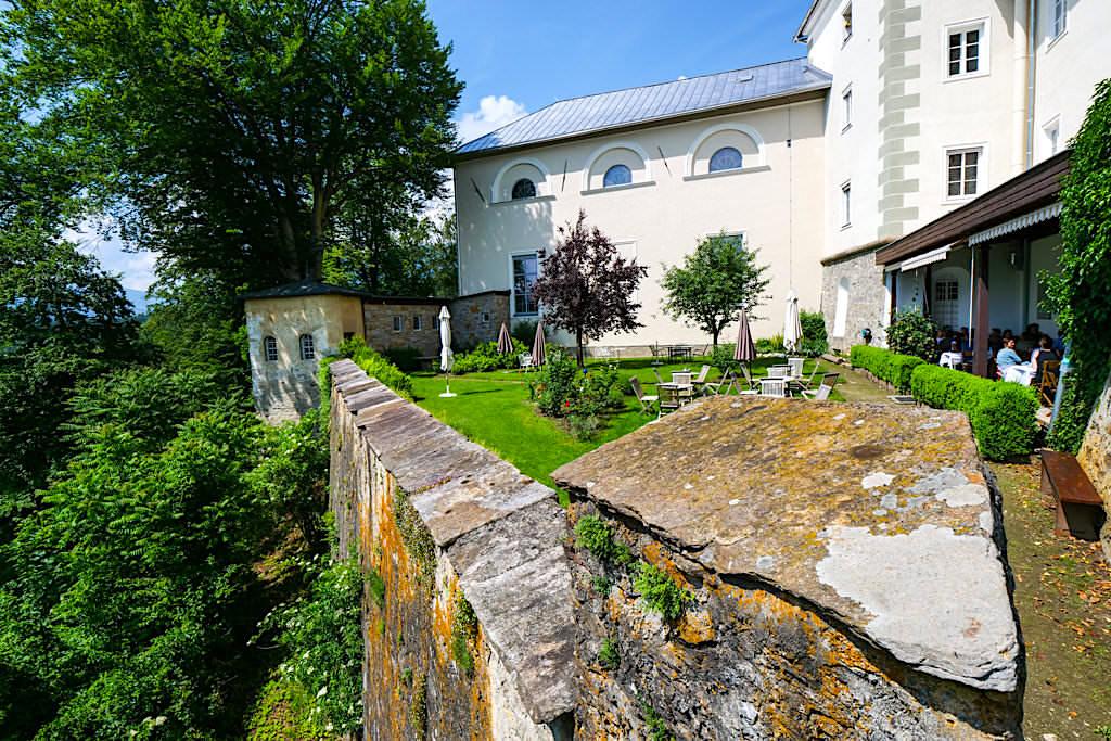 Kloster Wernberg - Herrlich gelegenes Restaurant & wunderschöner Garten: Kraftorte am Wörthersee - Kärnten, Österreich