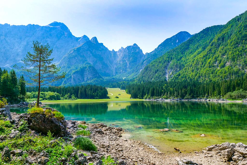 Laghi Fusine: atemberaubend schöne Seenlandschaft an der Grenze zu Kärnten - Oberer Weißenfelser See - Tarvisio, Italien