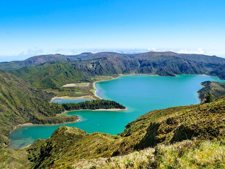 Lagoa do Fogo - Schönster See der Azoren & herrlicher Ausblick auf die umliegende Kraterlandschaft - Sao Miguel