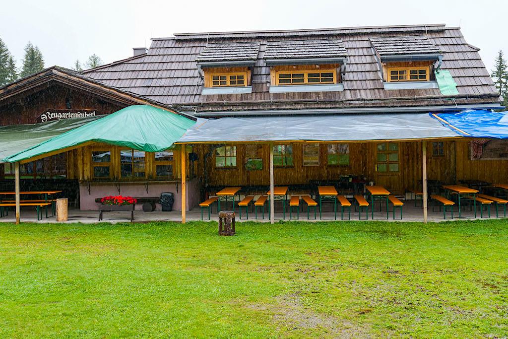 Neugarten Almseehütte auf der Gerlitzen Alpe in der Region Villach - HüttenKult - Kärnten, Österreich