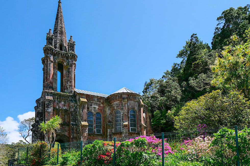 Parque Jose do Canto - Prachtgarten mit KapelleNossa Senhora das Vitorias am Lagoa das Furnas - Sao Miguel, Azoren