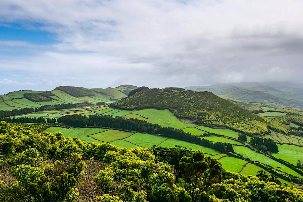 Pico da Velha: Atemberaubende Ausblicke - Parque das Sete Fontes - Sao Jorge, Azoren
