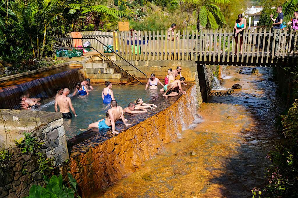 Poca da Dona Beija - Baden im warmen Fluss von Furnas - Sao Miguel, Azoren
