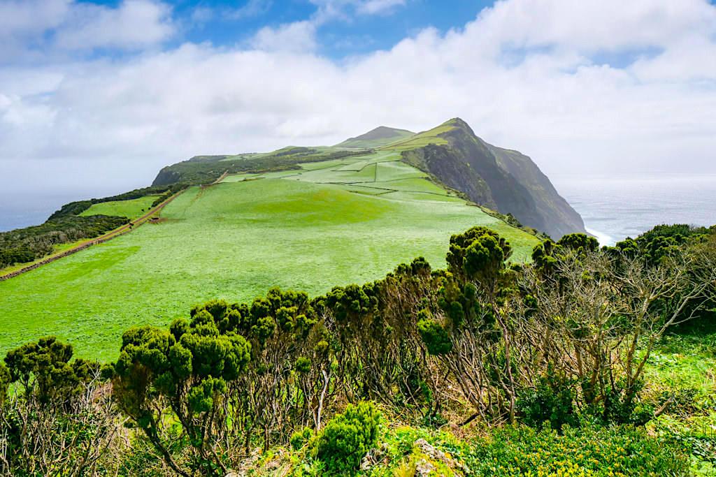 Ponta dos Rosais - Atemberaubende Ausblicke auf das Hochland an der Westspritze von Sao Jorge - Azoren