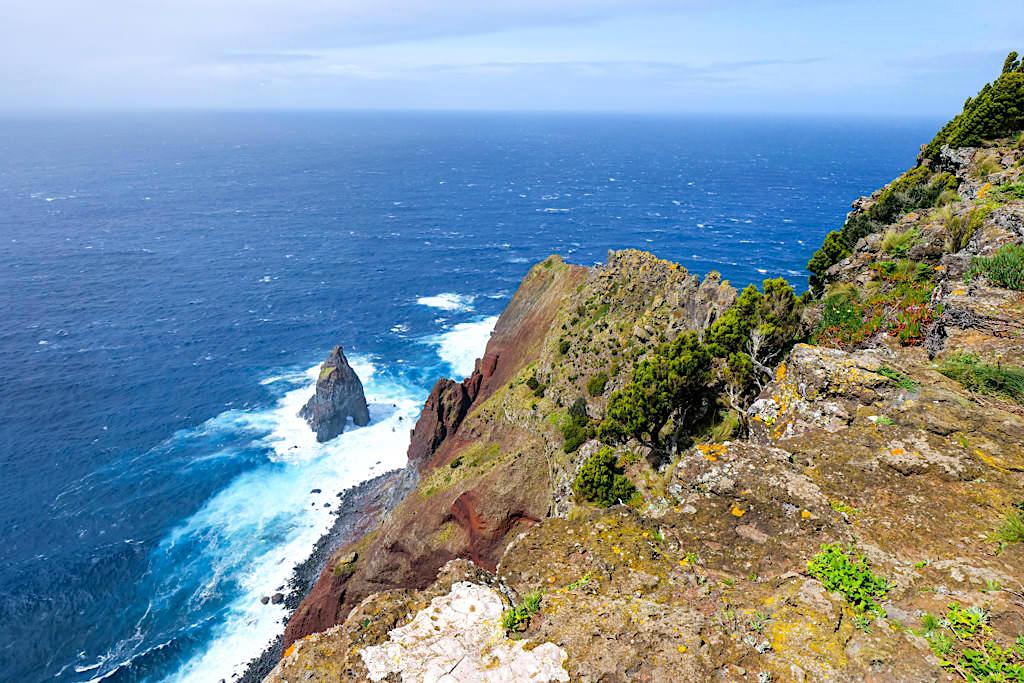 Ponta dos Rosais - Spektakuläre Steilklippen mit atemberaubenden Tiefblicken - Sao Jorge, Azoren