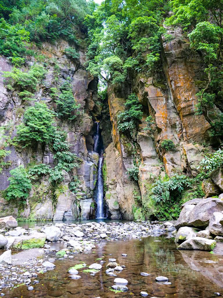 Salto Cabrito - Imposanter Wasserfall & Rundwanderung bei Ribeira Grande - Sao Miguel, Azoren