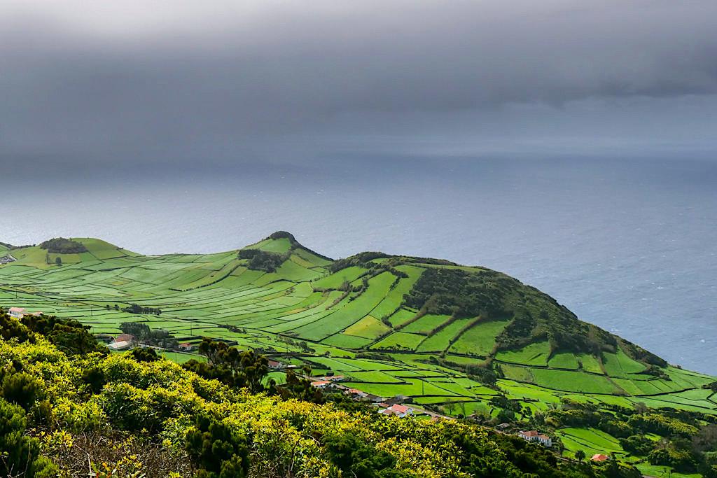Sao Jorge - Landschaften der wildschönen, einsamen Südwestküste - Azoren