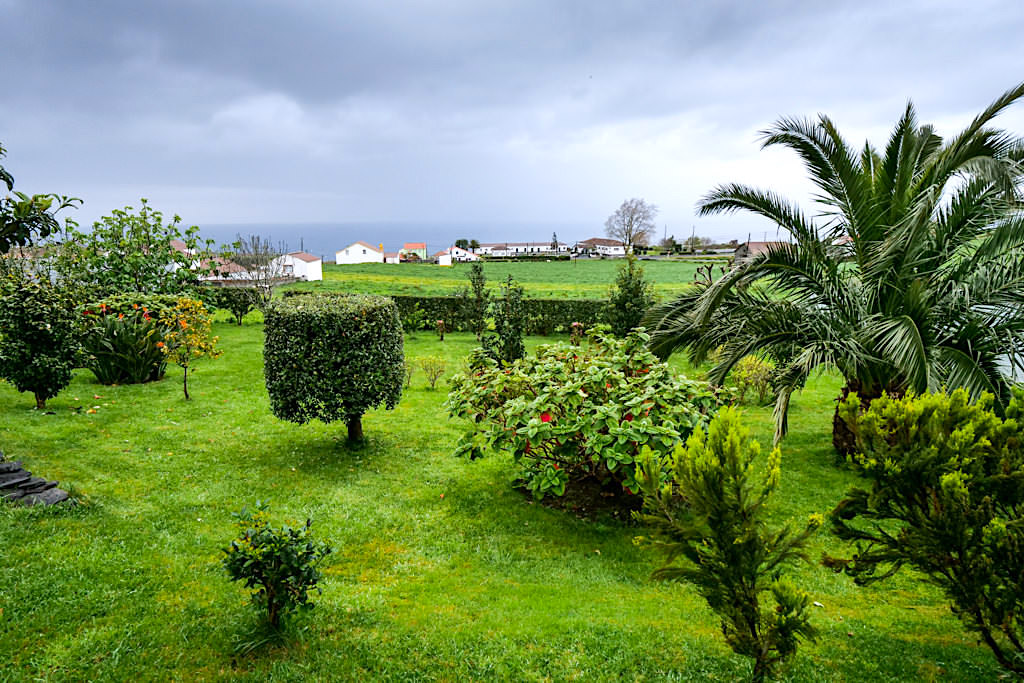 Tradicampo Eco Country Houses bei Nordeste - Casa da Thala: Wunderschöner Garten mit Ausblick auf Meer - Sao Miguel, Azoren