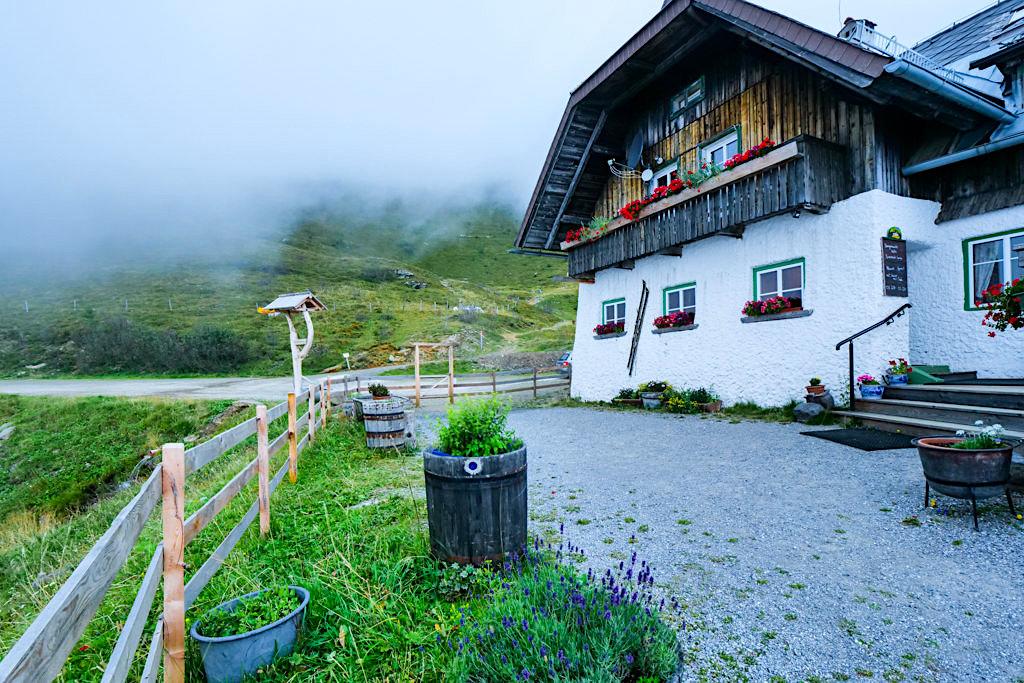 Gemütliche Walderhütte auf der Wöllaner Nock - HüttenKult - Kärnten, Österreich