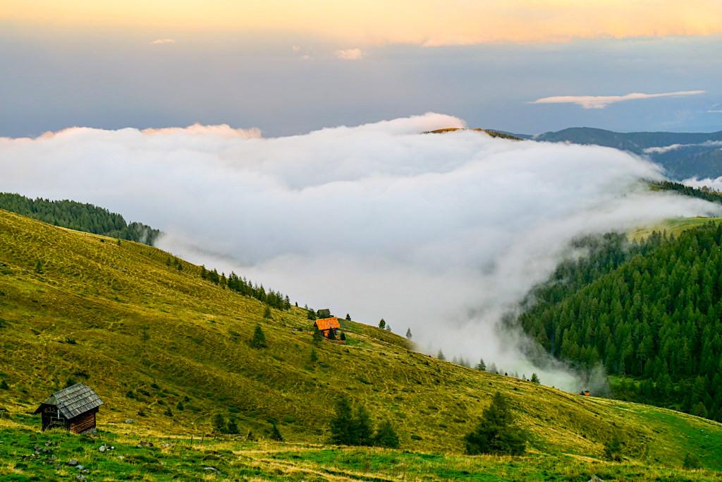 Wöllaner Nock - Wanderungen mit grandiosen Ausblicken & Wolken-Nebel-Stimmung - Kärnten, Österreich