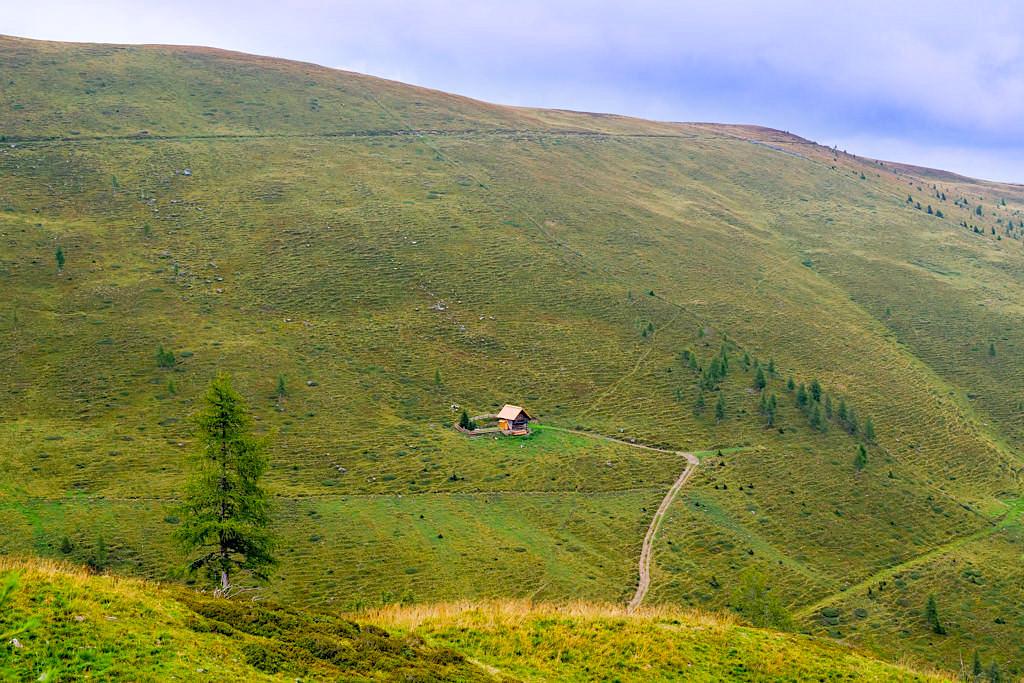Wöllaner Nockberge - Sanfte grüne Bergkette, die zum Wandern und zu Spaziergängen einlädt - Kärnten, Österreich