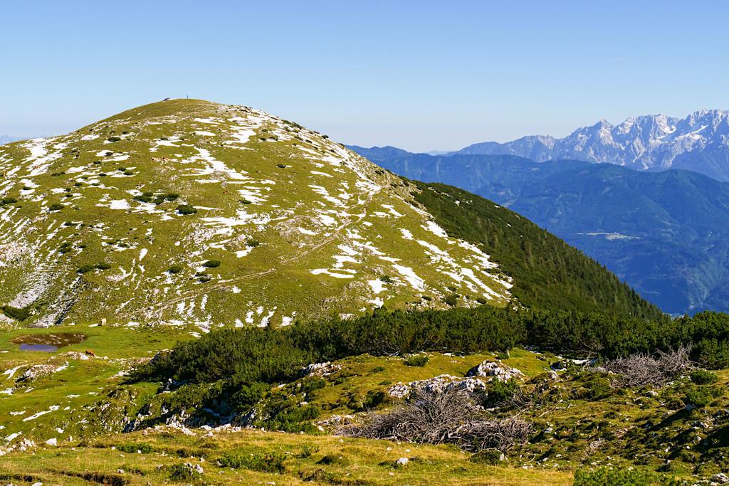 Dobratsch Wanderung Normalweg oder Almwiesenweg am Zwölfernock - Kärnten, Österreich