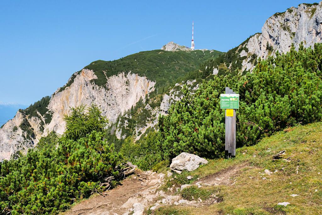 Dobratsch Gipfel via Jägersteig - Schwierigere Wanderung, die Trittsicherheit & Schwindelfreiheit erfordert - Kärnten, Österreich