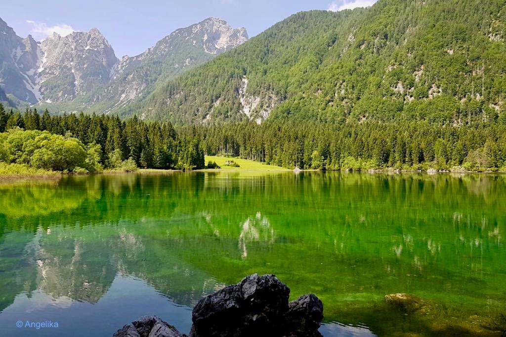 Laghi di Fusine - Oberer Weißenfelser See mit viel Wasser - Tarvisio, Italien