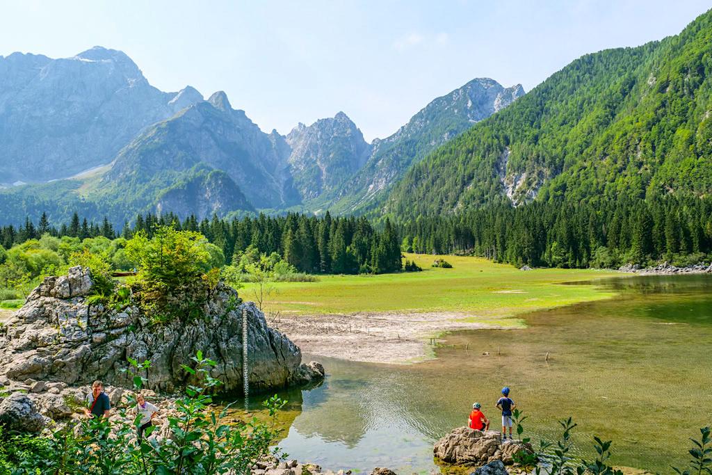 Laghi di Fusine - Oberer Weißenfelser See beim Parkplatz - Tarvisio, Italien