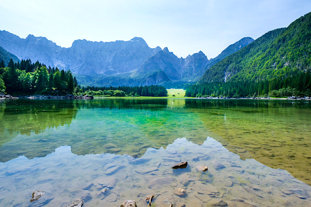 Lago di Fusine Superiore - Spiegelungen - Tarvisio, Italien