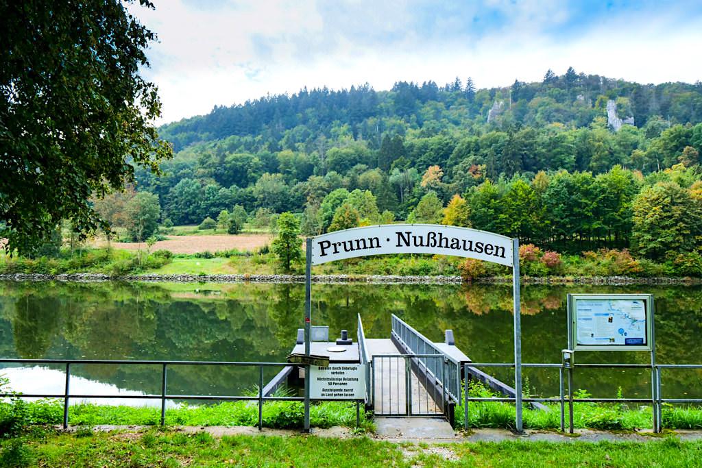 Prunn-Nußhausen - Schiffsanleger für Main-Donau-Kanal Schifffahrt - Nationalpark Altmühltal - Bayern