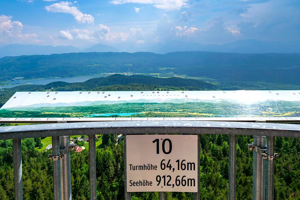 Pyramidenkogel Aussichtsturm - Lift führt hinauf zur 10. Etage - Kärnten, Österreich
