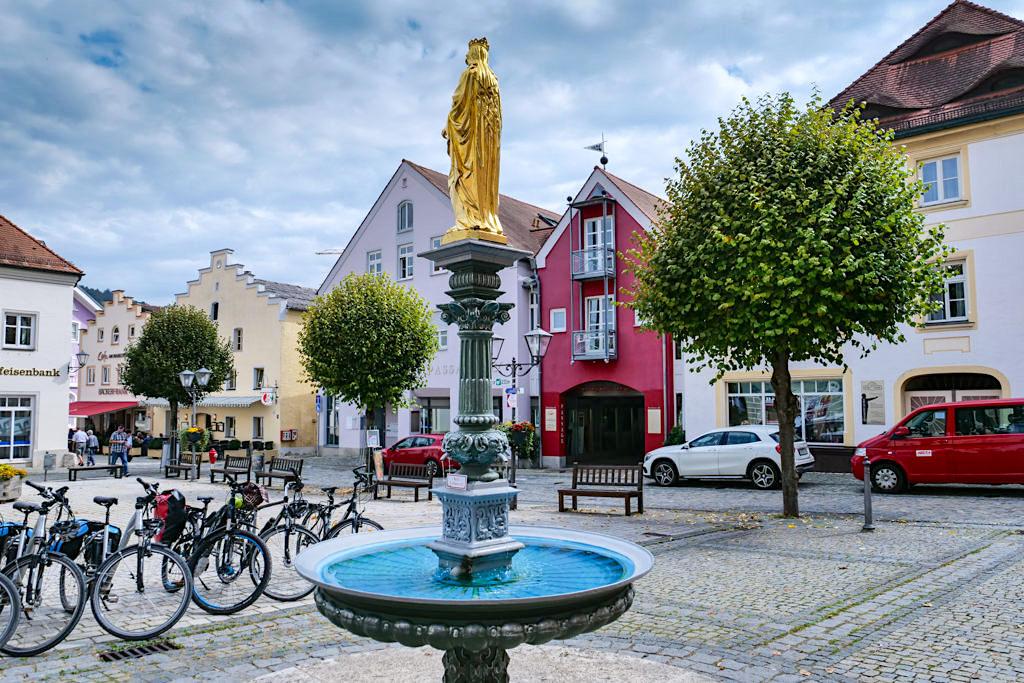 Riedenburg Perle des Altmühltals - historisch, schönes Zentrum - Bayern