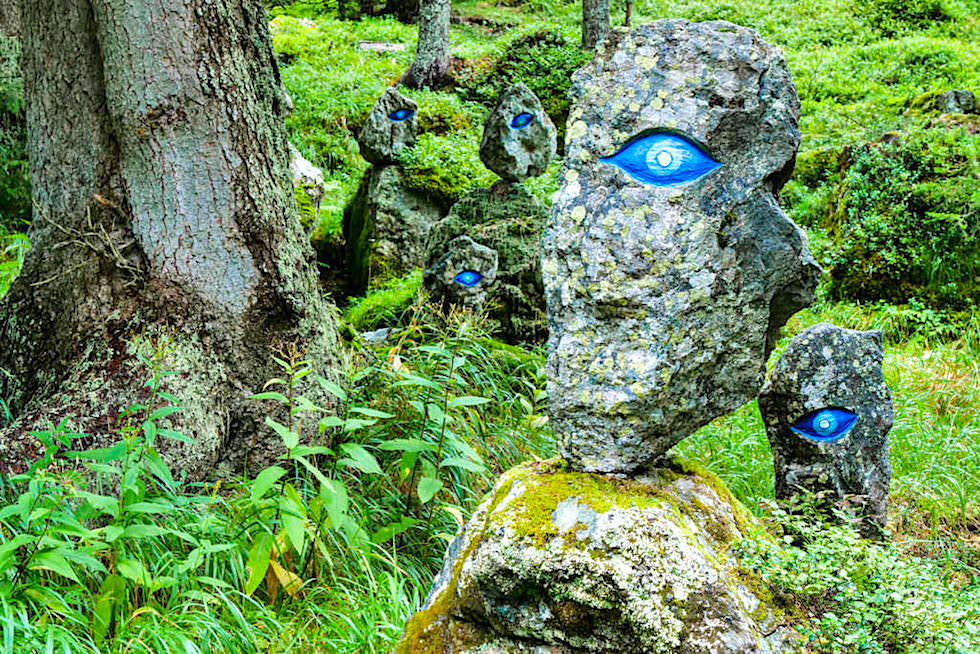 Silva Magica - Gnome mit blauen Augen - Highlight an der Nockalmstraße - Passstraße in Kärnten - Österreich