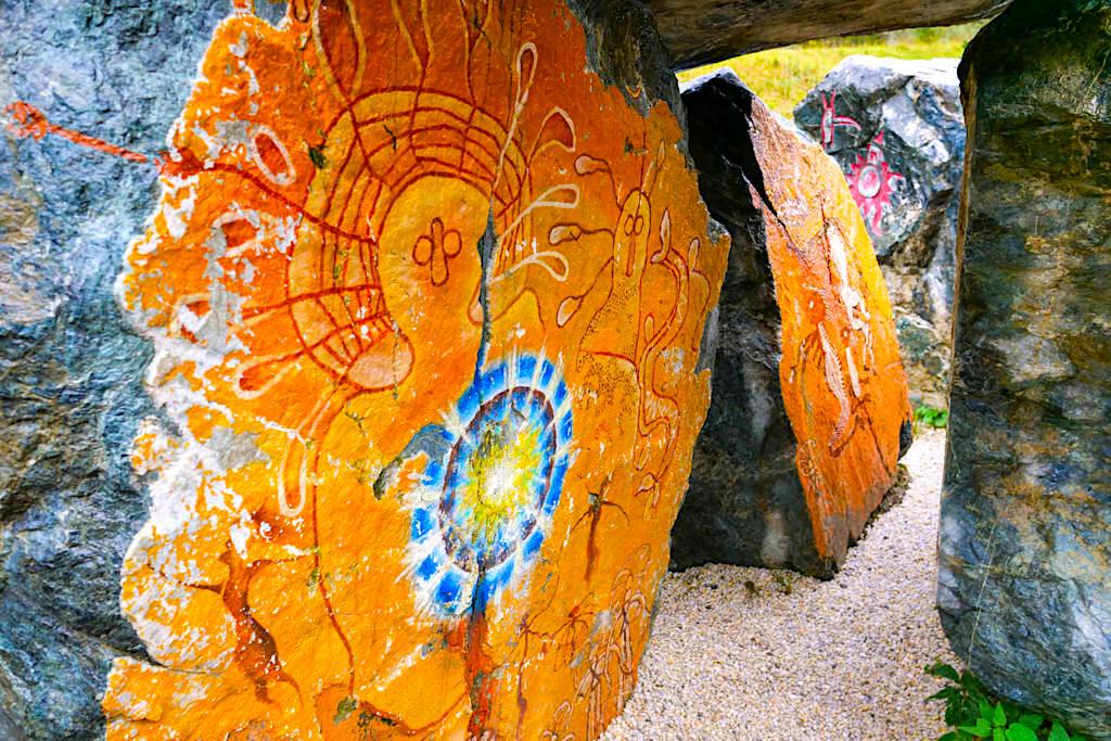 """Silva Magica - Uralte Aboriginals Götter von Australien """"Wandjina Götter"""" treffen auf Indianerkultur - Nockalmstraße - Kärnten, Österreich"""