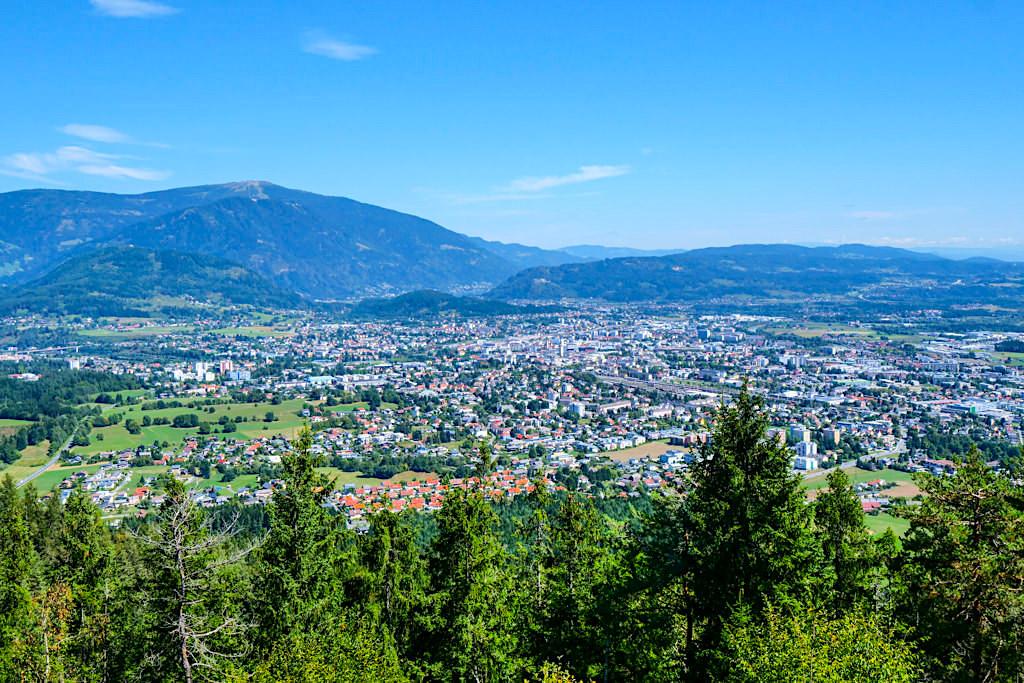 Villacher Alpenstraße - Panoramastraße mit grandioser Ausblick auf Villach - Kärnten, Österreich
