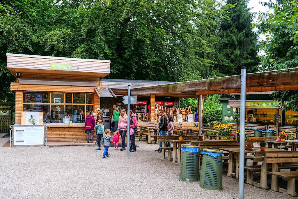 Abenteuer Affenberg - Eingang, Souvenirladen & Restaurant - Kärnten, Österreich