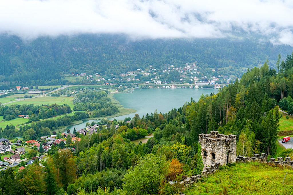 Burg Landskron - Grandioser Ausblick auf Ossiacher See & das Mündungsgebiet des Seebachs - Kärnten, Österreich