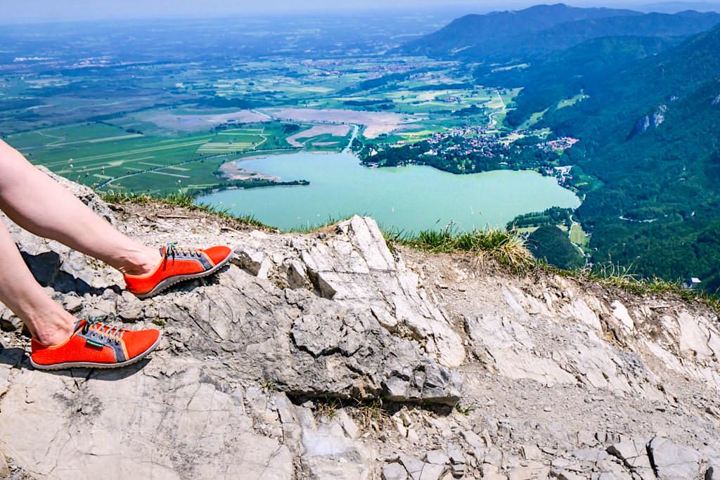 Bergwandern mit Barfußschuhen wird immer beliebter - Leguano - Passenger On Earth